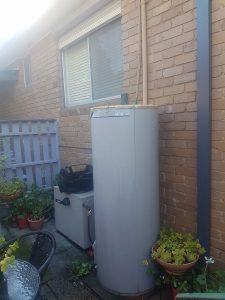Hot Water Service Replacement Essendon | Burst Hot Water Unit | Finlay Plumbing
