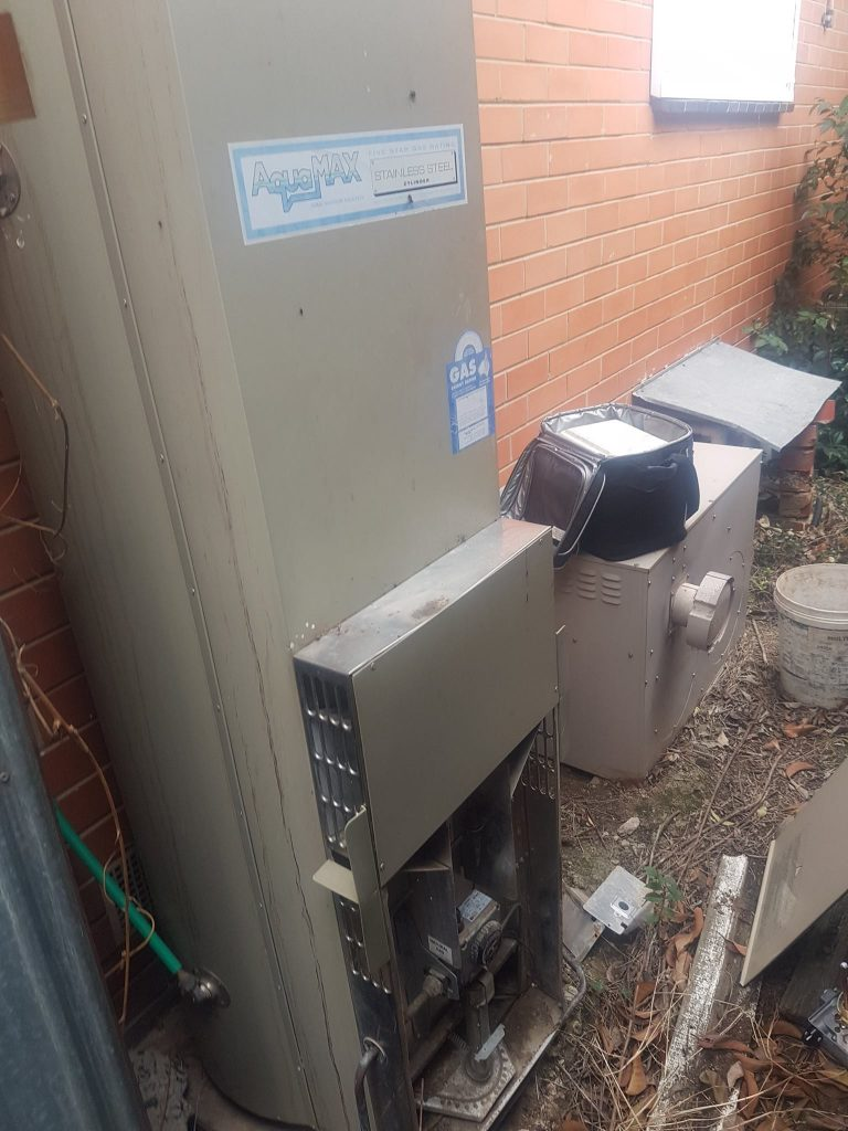 Hot Water Service East Keilor | Finlay Plumbing