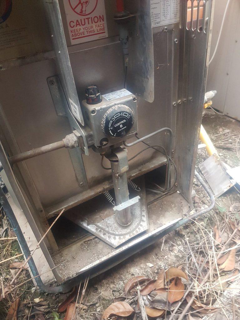 Hot Water Service East Keilor   Finlay Plumbing